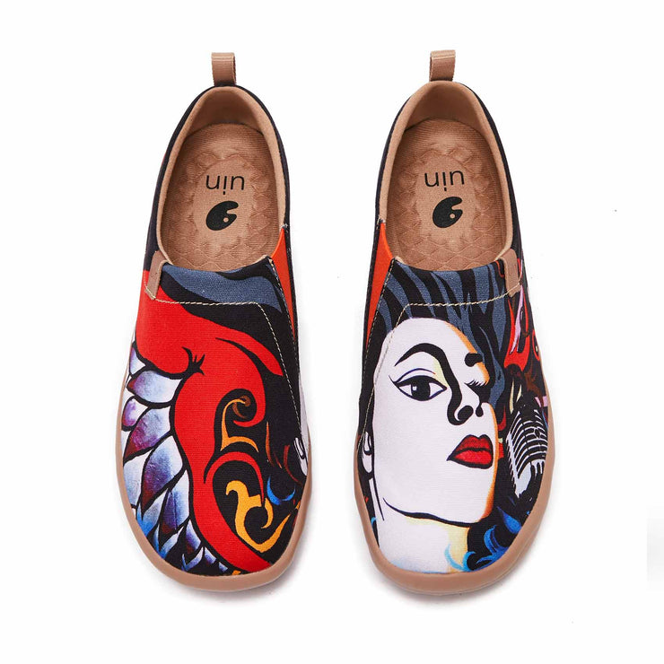 UIN Footwear Women I am A Singer Canvas loafers