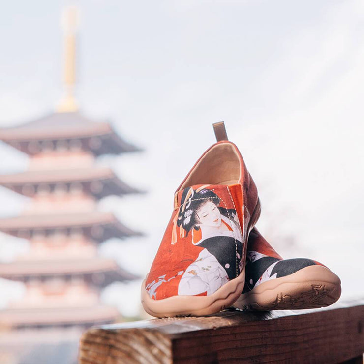 NIPPON BEAUTY Women Painted Fashion Travel Shoes - AUE UIN FOOTWEAR