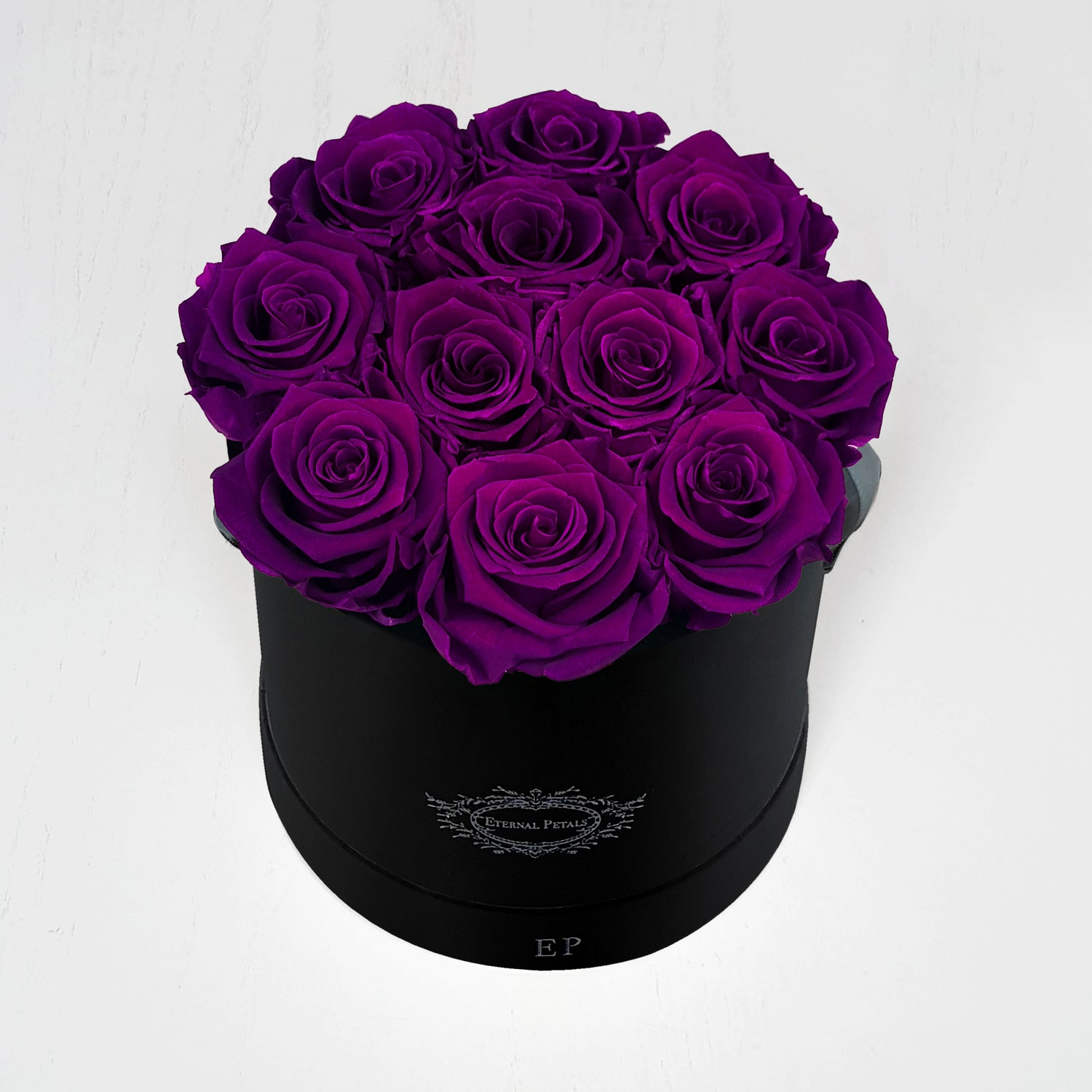 PLUM | ROUND BLACK BOX