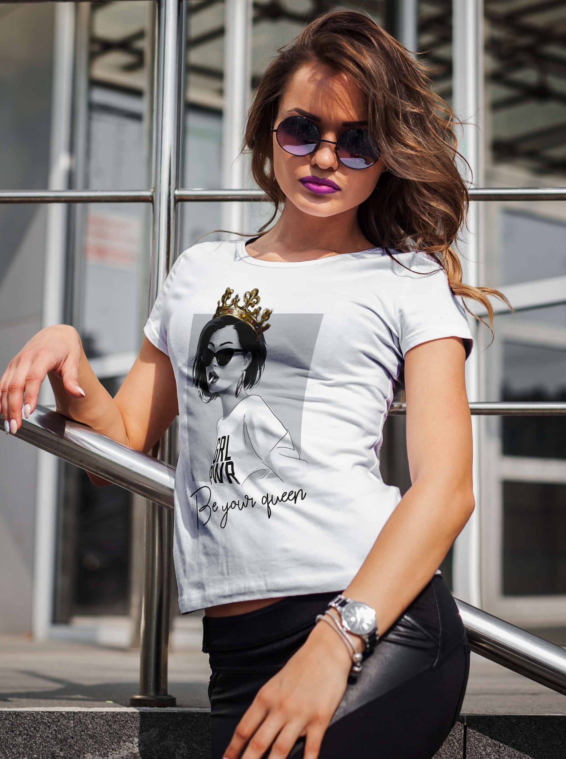 Be Your Queen Graphic Tee