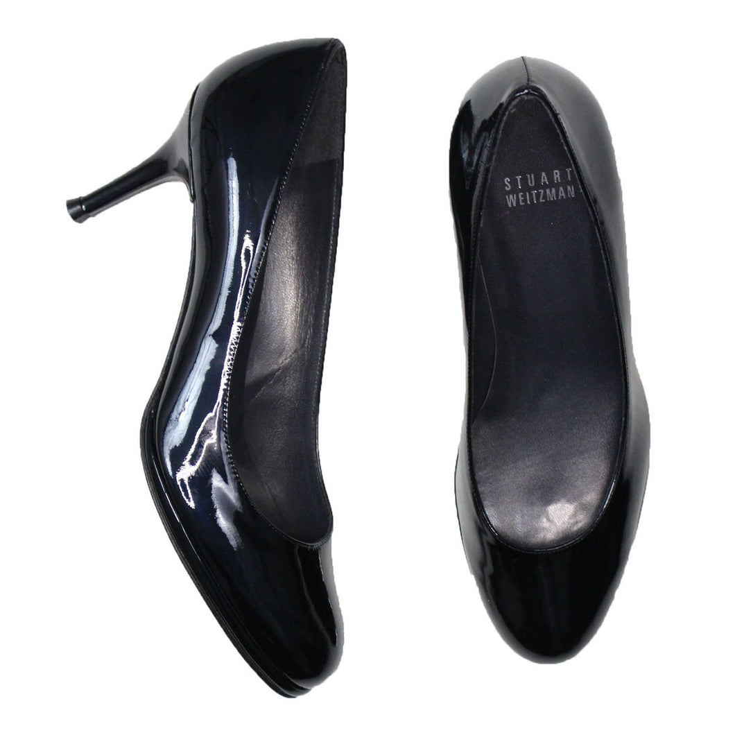 Stuart Weitzman Round Toe Pumps (Black)