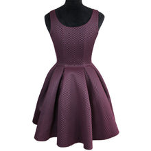 Load image into Gallery viewer, Roitfeld Honeycomb Mesh Merlot Dress