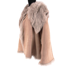 Load image into Gallery viewer, Shearling Fur Coat