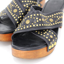 Load image into Gallery viewer, Fiona Studded Platform Sandals
