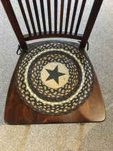 Load image into Gallery viewer, Chair Pad Round Mocha/Frapp Black Star