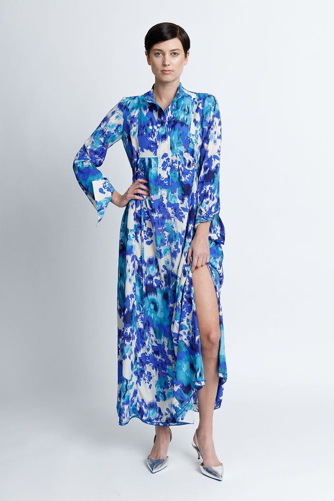 FORMERLY YAN Wear Everywhere Caftan Long Sleeve Maxi Dress. Adjustable Drawstring and Silver Toggles