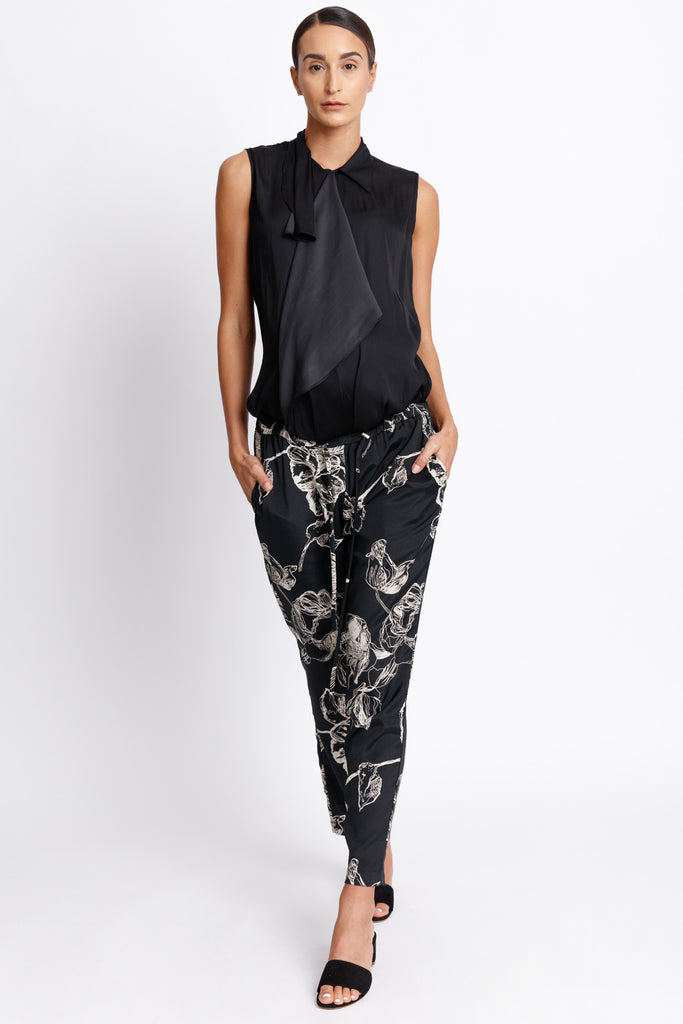 Relaxed All Occasion Trouser Pants - Black Floral