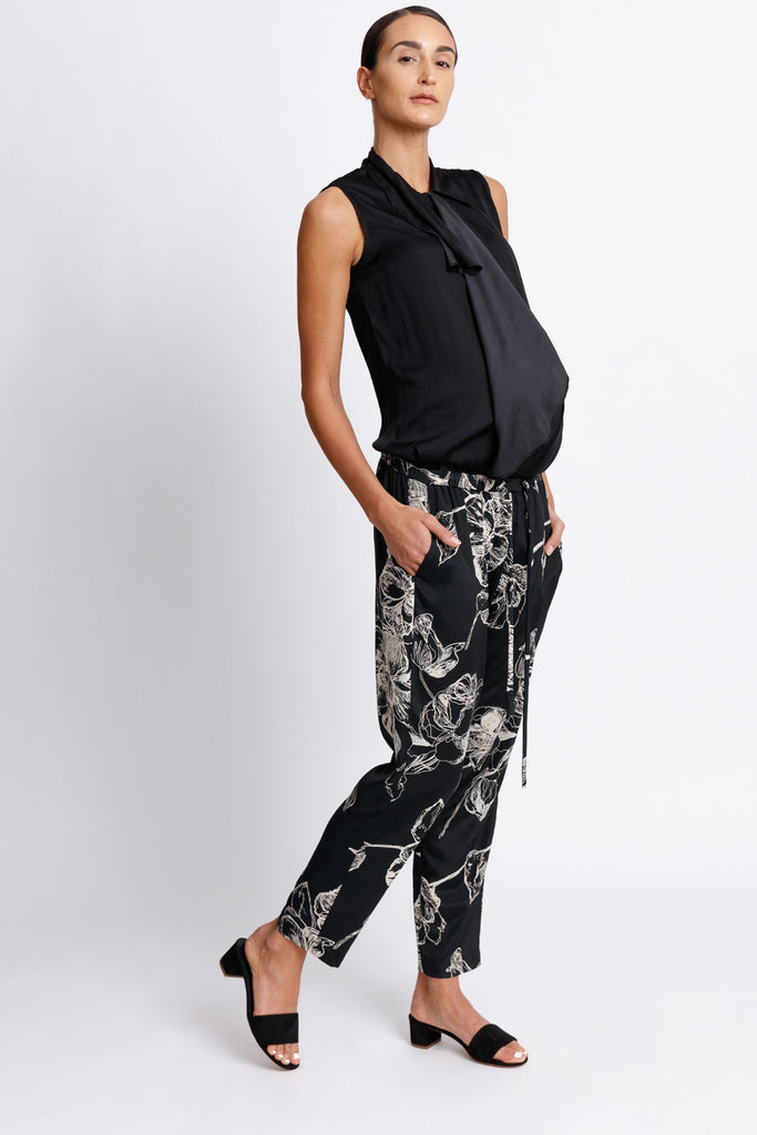 FORMERLY YAN Maternity Jogger Style Trouser Pants in Black Floral with Adjustable Drawstring and Silver Toggles. Tapered Ankle. Relaxed Fit.