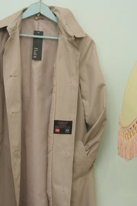 Vintage St Michael Short court trench