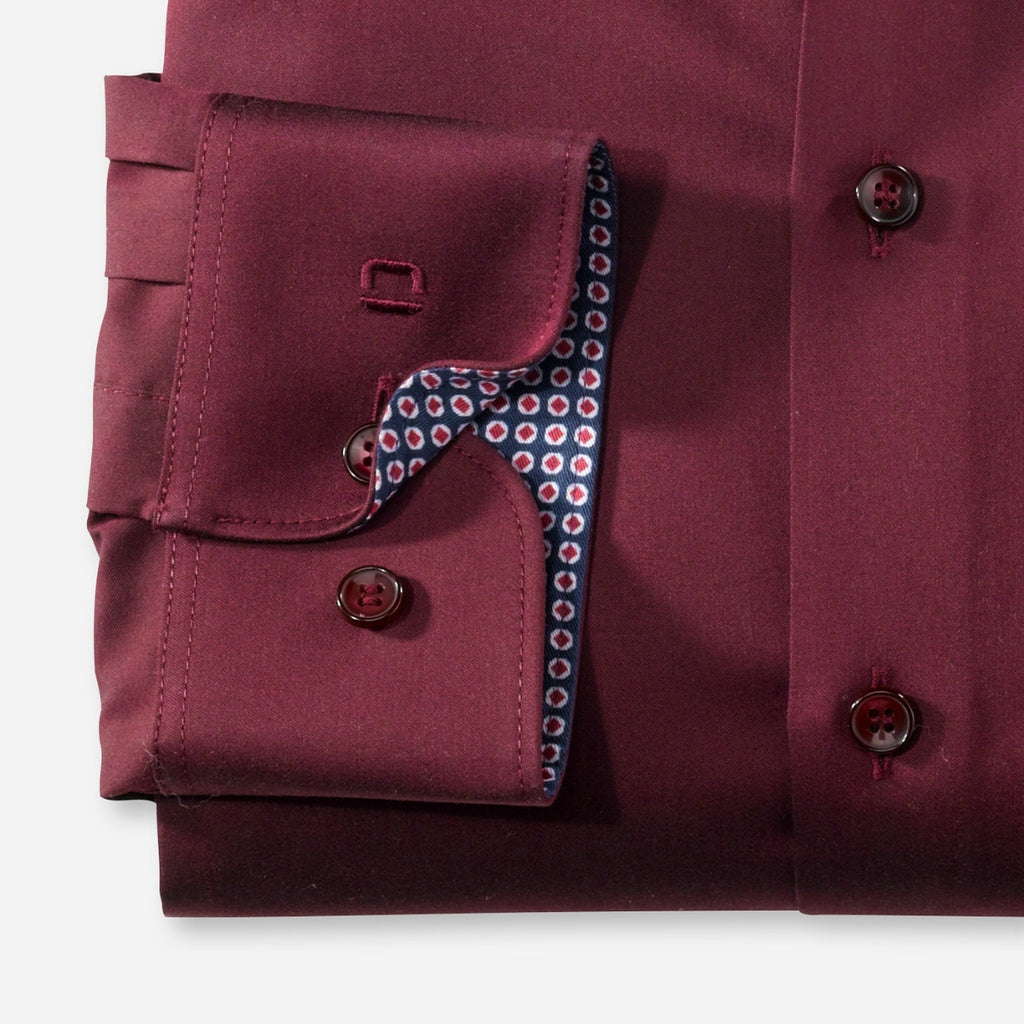 Olymp Body Fit Shirt in Burgundy - Bernard Owens