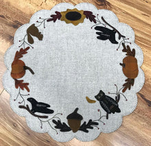 Load image into Gallery viewer, Autumn Table Mat
