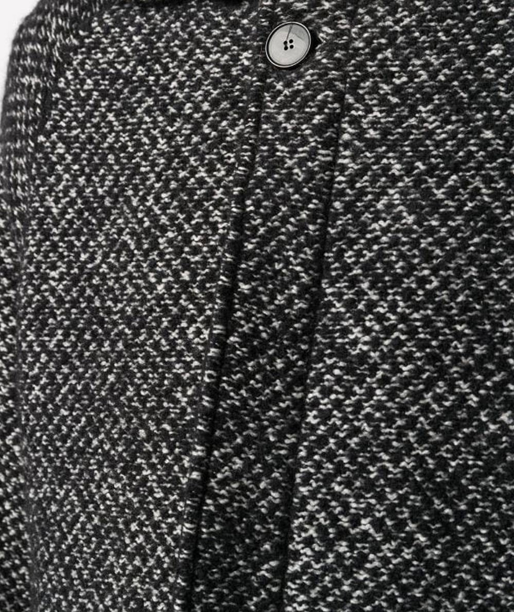 MICRO-PATTERN BLACK AND WHITE COAT