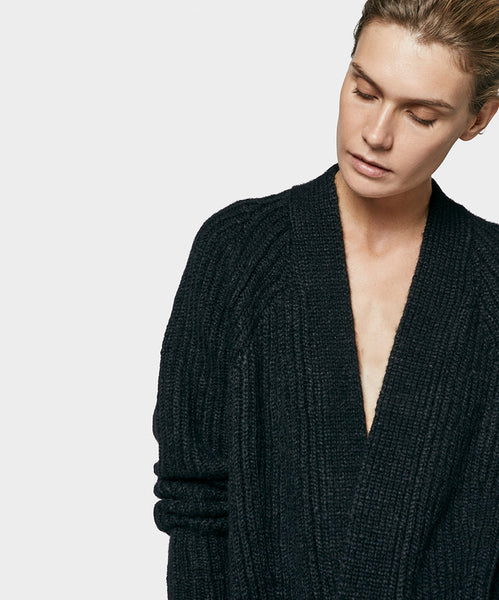 English Over Cardigan Black