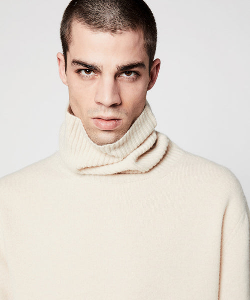 Turtleneck Cream