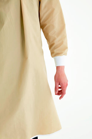 cuff-displayed-on-reusable-level-2-khaki-gown