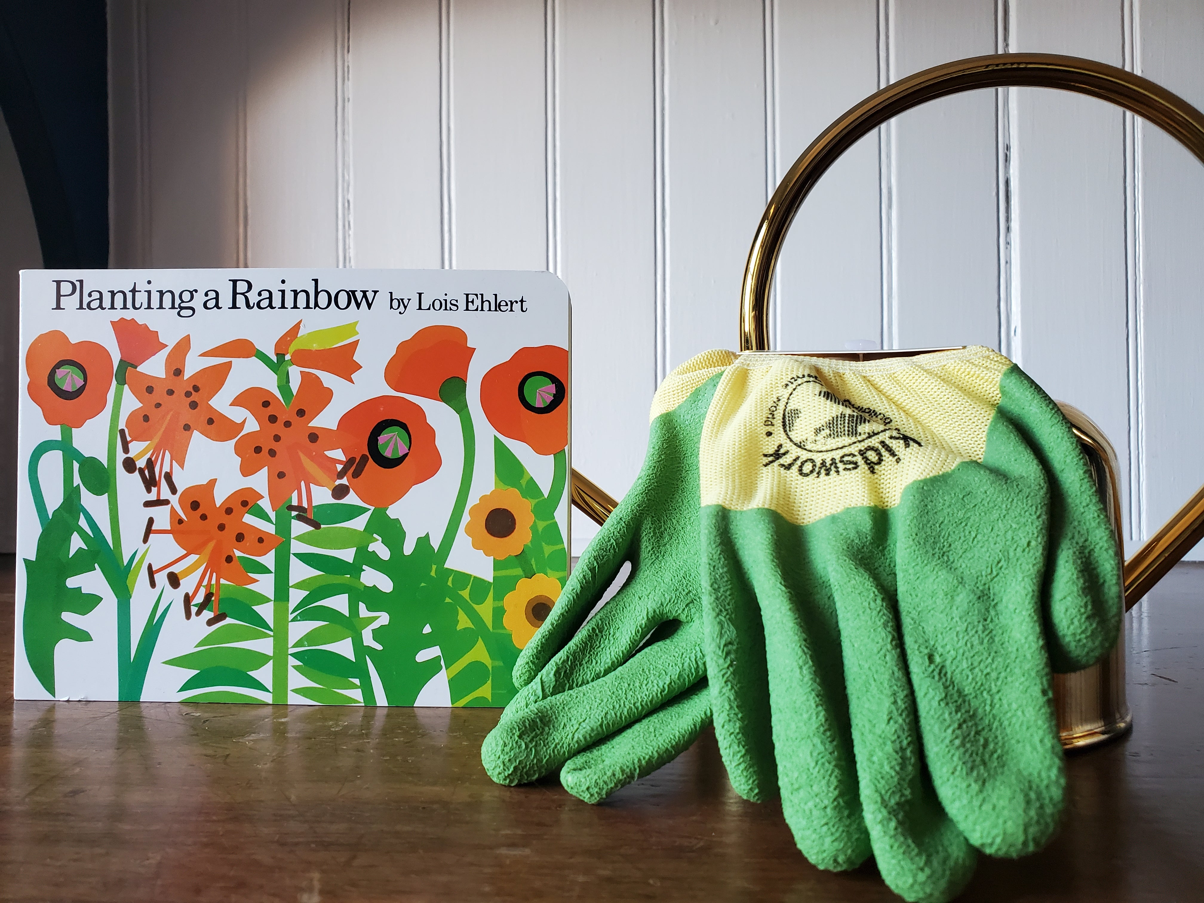 Kid's Vibrant Green Gardening Gloves