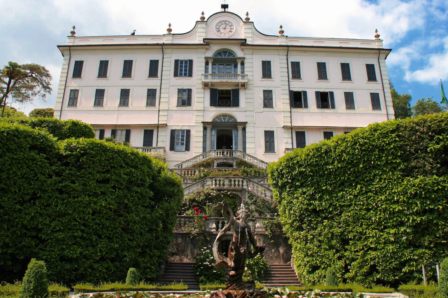 WHAT TO DO ON LAKE COMO VISIT VILLA CARLOTTA ITALY WITH US