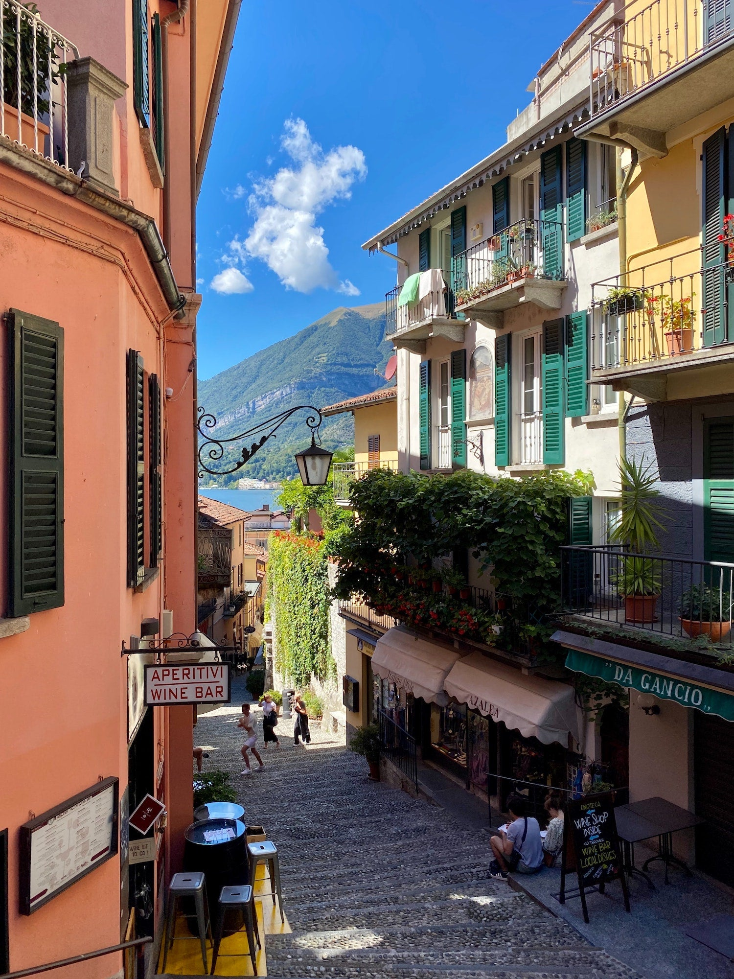 VISIT BELLAGIO ITALY WITH US