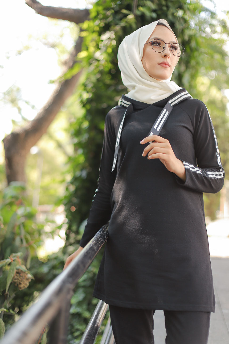 Hooded Tunic Black - 8358