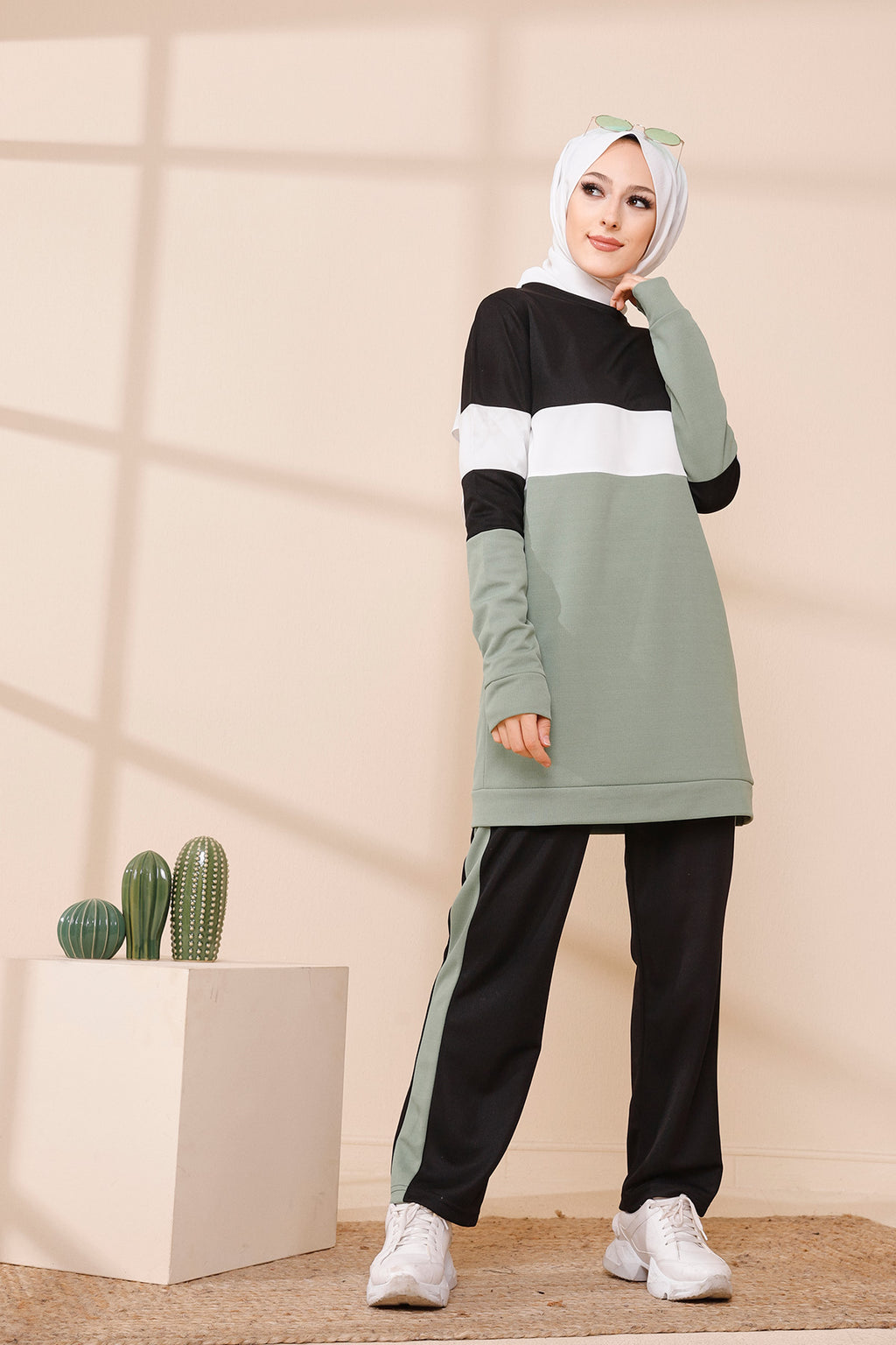 Sport Tunic and Pants Combine Green  - 6570
