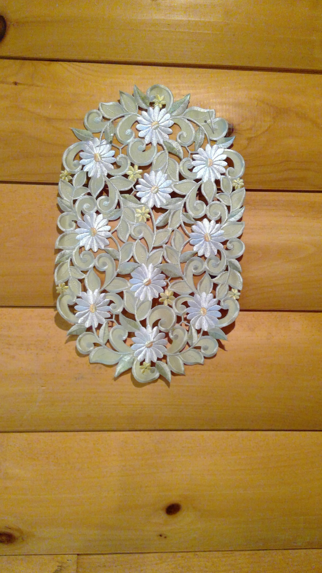 12 x 18 Oval Table Accent White Daisy Sage Green Pattern