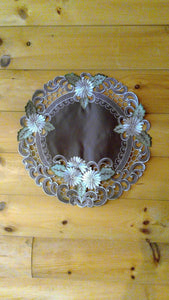"16"" Round Table Accent Silver Daisy Pattern"