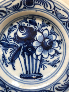 Nice small 18 th century delft handpainted plate