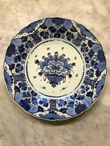 Royal Delft handpainted dutch plate flowers