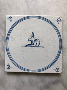 Late 18th century Delft handpainted tile with rabbit, around 1790