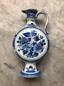 Royal Delft handpainted dutch vase with handle