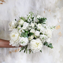 Load image into Gallery viewer, Signature Bridal Bouquet