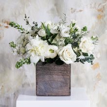 Load image into Gallery viewer, Table Centerpieces