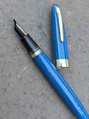 1948 Persian blue Sheaffer Sovereign Vacuum-Fil