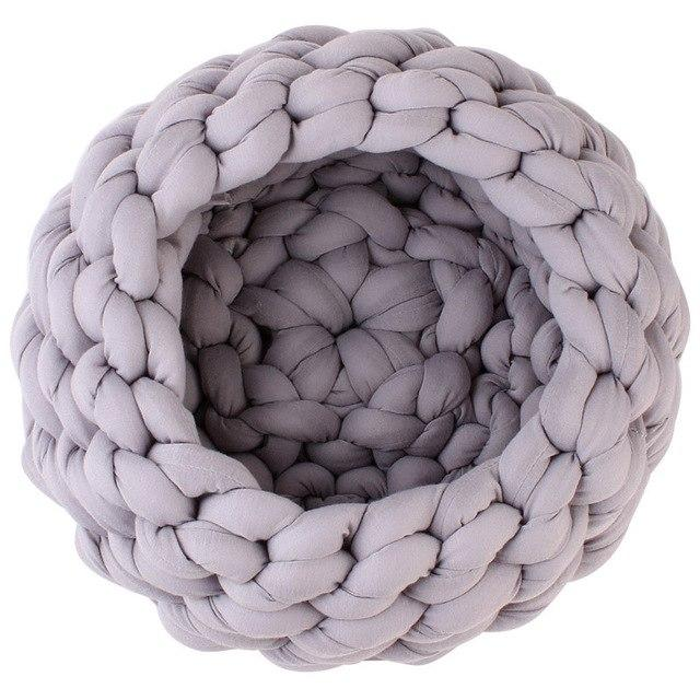 Luxury Cat and Small Dog Braided Bed - Pampered Paws.shop