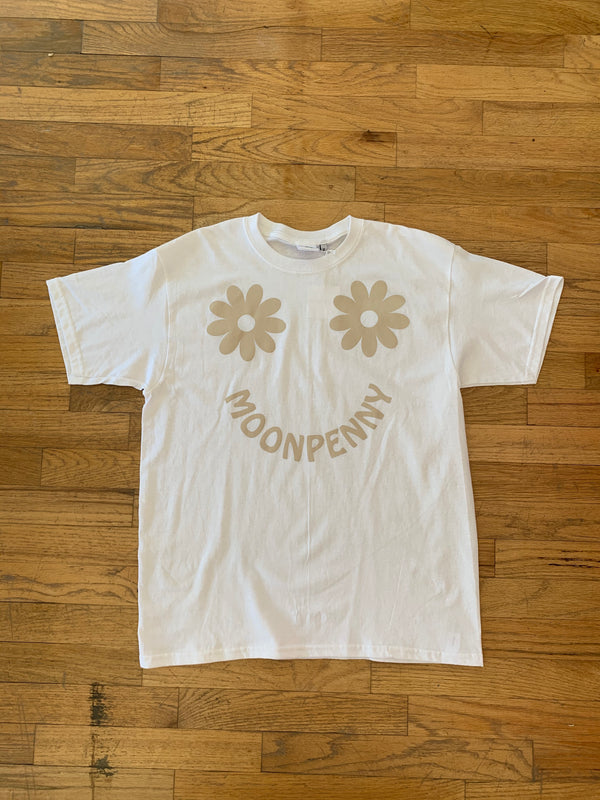 Kids Daisy Tee in Oatmeal