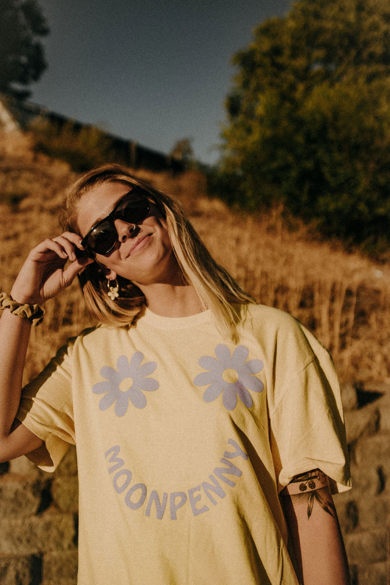 The Daisy Tee in Butter/Orchid