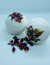 Load image into Gallery viewer, Bath Bombs (2)