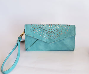 Turquoise Wristlet Wallet - Chicoras