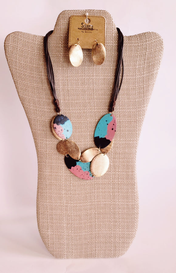 Colorful Mix Metal Leather Necklace Set - Chicoras