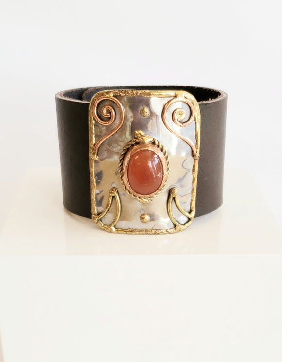 Brown Leather Cuff Bracelet - Chicoras