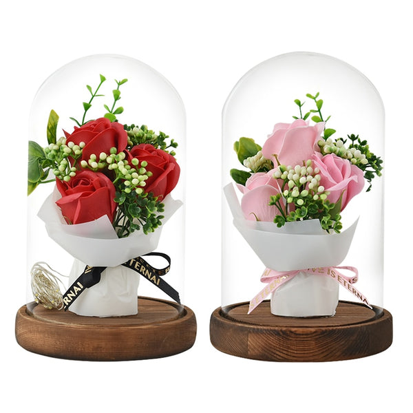 bouquet de rose eternelle sous cloche