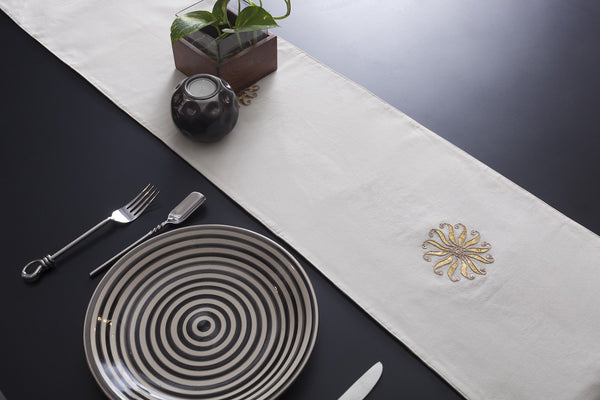 Glory Chanderi Table Runner - Eyaas