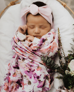 Blushing Beauty l Organic Muslin Wrap - Green Lily
