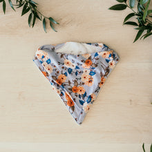Load image into Gallery viewer, Vintage Blossom l Dribble Bandana Bib l Snuggle Hunny Kids - Green Lily