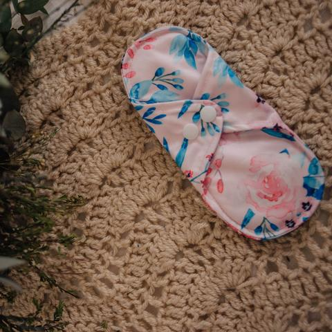 REUSABLE CLOTH PADS- KISS OF SPRING - My Little Gumnut - Green Lily
