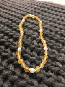 Raw Lemon Amber & Moonstone Infant Necklace - Green Lily