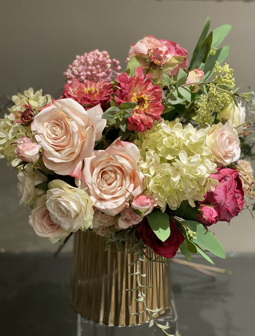 Permanent Flower Arrangements - an Old New Trend in Home Decor