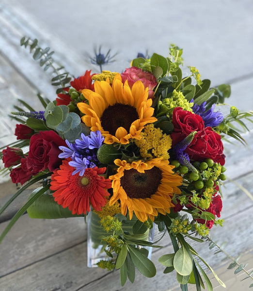F123 - Modern Bright Summer Vase Arrangement