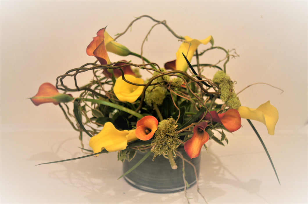 C5 - Callas Lily Arrangement - Flowerplustoronto