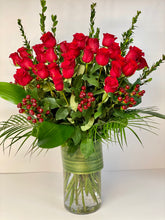 Load image into Gallery viewer, F45 -  Hearts On Fire - Classic Rose Arrangement (36 Roses) - Flowerplustoronto